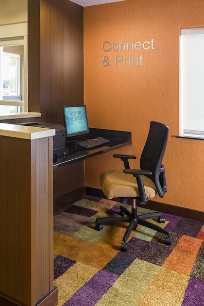 Business Center | Fairfield Inn & Suites Holland