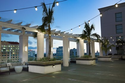 Terrace/Patio | Hotel Colonnade Coral Gables, a Tribute Portfolio Hotel