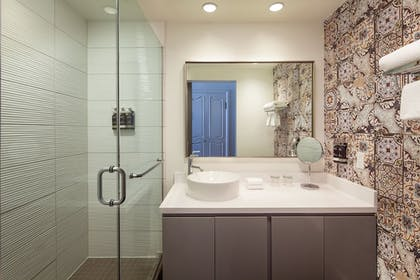 Bathroom | Hotel Colonnade Coral Gables, a Tribute Portfolio Hotel