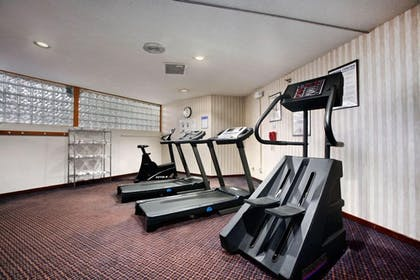 Gym | Salina Ambassador Hotel and Conference Center