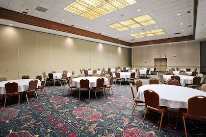 Meeting Facility | Salina Ambassador Hotel and Conference Center