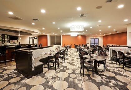 Restaurant | Crowne Plaza Hotel Sacramento Northeast