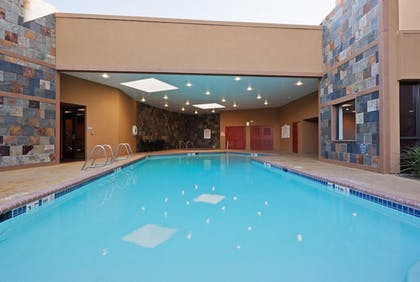 Pool | Crowne Plaza Hotel Sacramento Northeast
