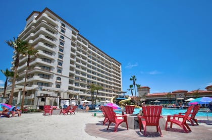 Outdoor Pool | The Waterfront Beach Resort, a Hilton Hotel