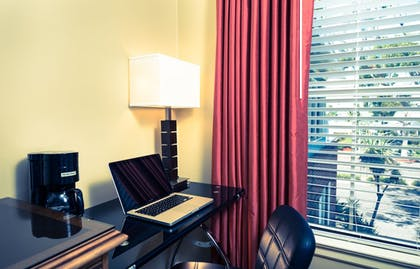 In-Room Business Center   The Lafayette Hotel, Swim Club & Bungalows