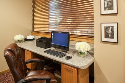 Property Amenity | Cloverleaf Suites Lincoln Nebraska