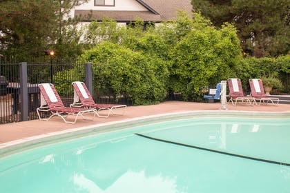Outdoor Pool | Cloverleaf Suites Lincoln Nebraska