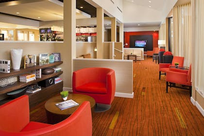 Hotel Bar | Courtyard by Marriott Memphis East/Park Avenue