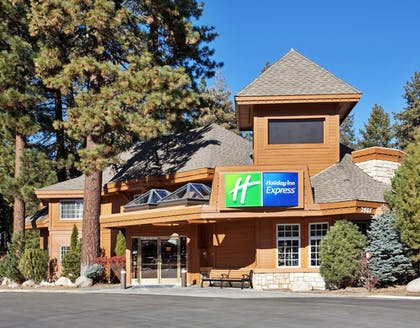 Featured Image | Holiday Inn Express South Lake Tahoe