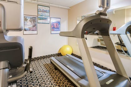 Fitness Facility | Econo Lodge Near Miller Hill Mall