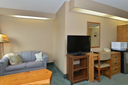 Guestroom | Americas Best Value Inn Kalispell
