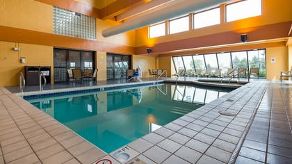 Pool | Best Western Executive Inn
