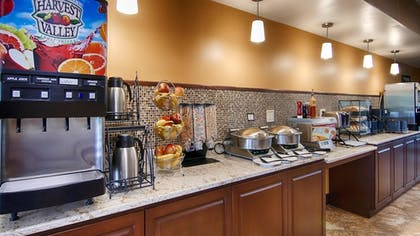 Breakfast Area | Best Western Executive Inn