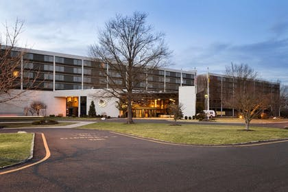 Exterior   Doubletree by Hilton Somerset Hotel and Conference Center