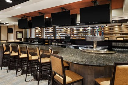 Bar   Doubletree by Hilton Somerset Hotel and Conference Center