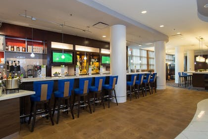 Restaurant | Courtyard by Marriott Columbia Downtown at USC
