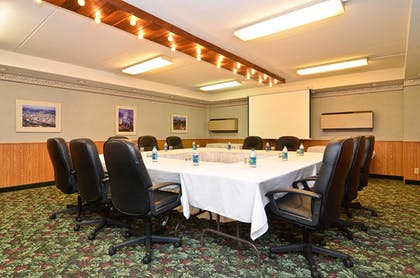 Meeting Facility | Best Western Plus Longbranch Hotel & Convention Center