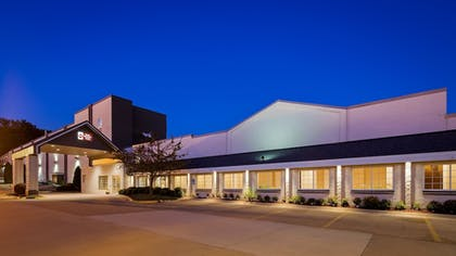 Featured Image | Best Western Plus Longbranch Hotel & Convention Center