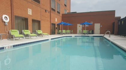 Pool | Holiday Inn Express Baltimore-BWI Airport West