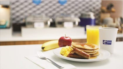 Breakfast Meal | Holiday Inn Express Baltimore-BWI Airport West