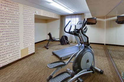 Fitness Facility | La Quinta Inn by Wyndham Pittsburgh Airport