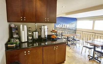 Coffee Service | Hollywood Orchid Suites