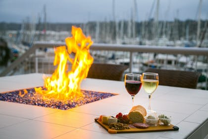 Property Amenity | Bay Club Hotel & Marina
