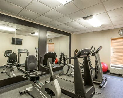 Fitness Facility | Comfort Inn Downtown