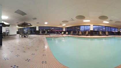 Indoor Pool | Holiday Inn Knoxville Downtown