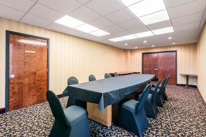 Meeting Facility | Quality Inn & Suites Tarpon Springs South