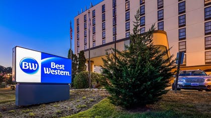 Featured Image | Best Western Potomac Mills