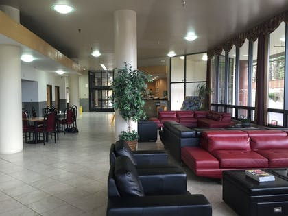Lobby | Alex Hotel & Suites Anchorage Airport