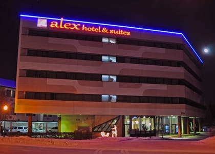 Hotel Front - Evening/Night | Alex Hotel & Suites Anchorage Airport