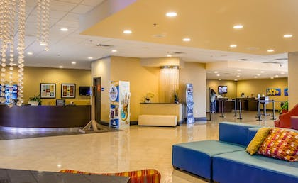 Lobby | CoCo Key Hotel and Water Resort-Orlando