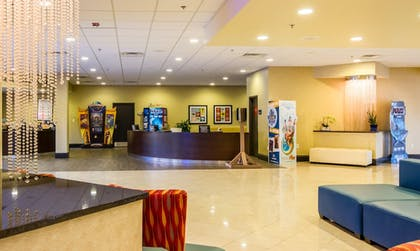Concierge Desk | CoCo Key Hotel and Water Resort-Orlando
