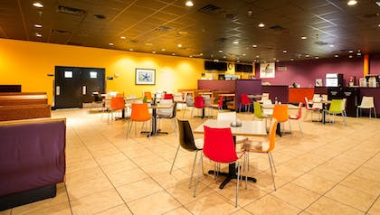 Food Court | CoCo Key Hotel and Water Resort-Orlando