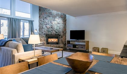 Living Area | Evergreen Lodge at Vail