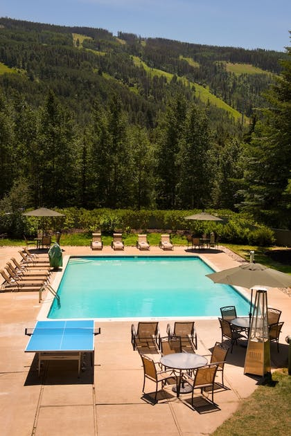 Outdoor Pool | Evergreen Lodge at Vail