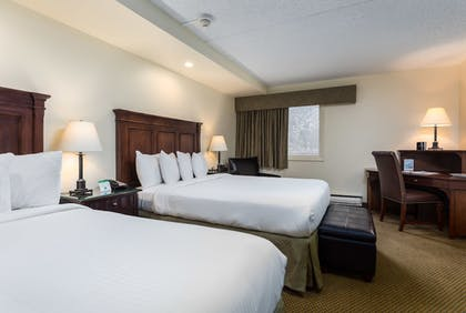 Guestroom | Evergreen Lodge at Vail