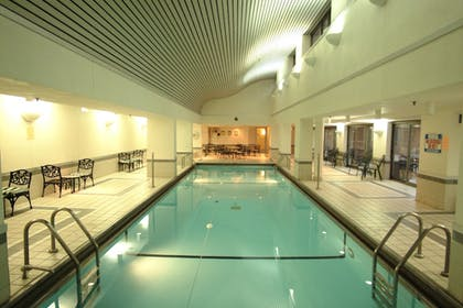 Indoor Pool | Courtyard by Marriott Chicago Downtown River North