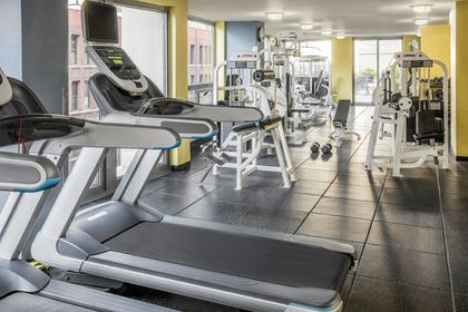Fitness Facility | Courtyard by Marriott Chicago Downtown River North