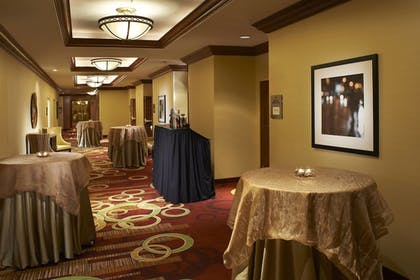 Meeting Facility | Courtyard by Marriott Chicago Downtown River North
