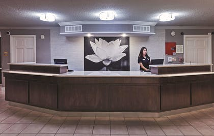 Lobby | La Quinta Inn by Wyndham and Conference Center San Angelo