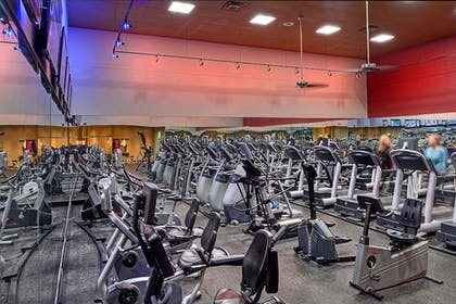 Sports Facility | DoubleTree by Hilton Hotel St. Louis - Chesterfield