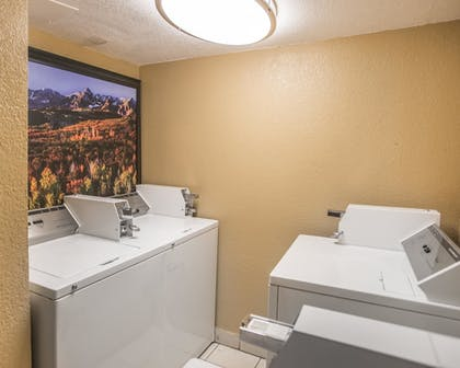 Laundry Room | Quality Inn & Suites Denver Stapleton