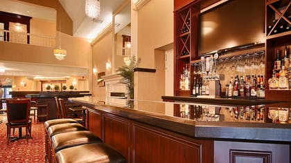 Lobby | Best Western Premier Plaza Hotel & Conference Center