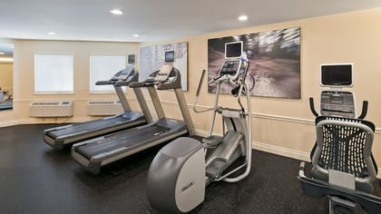 Fitness Facility | Best Western Premier Plaza Hotel & Conference Center