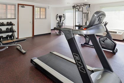 Aerobics Facility | Best Western Plus Raffles Inn & Suites