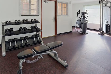 Gym | Best Western Plus Raffles Inn & Suites