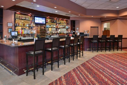 Hotel Bar | Best Western Plus Tacoma Dome Hotel